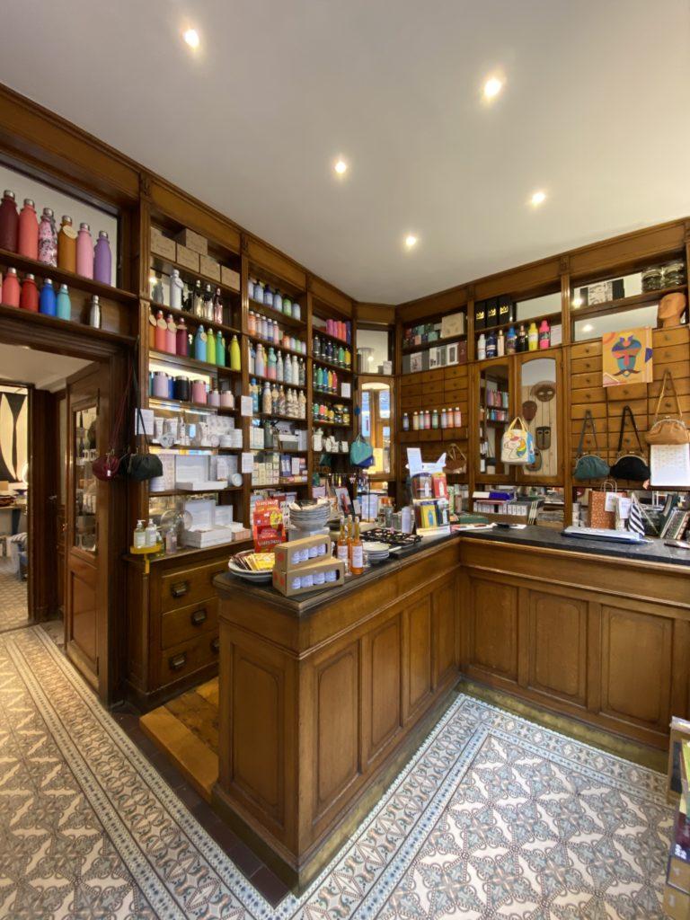 Ultra bien Huy Boutique vieille pharmacie